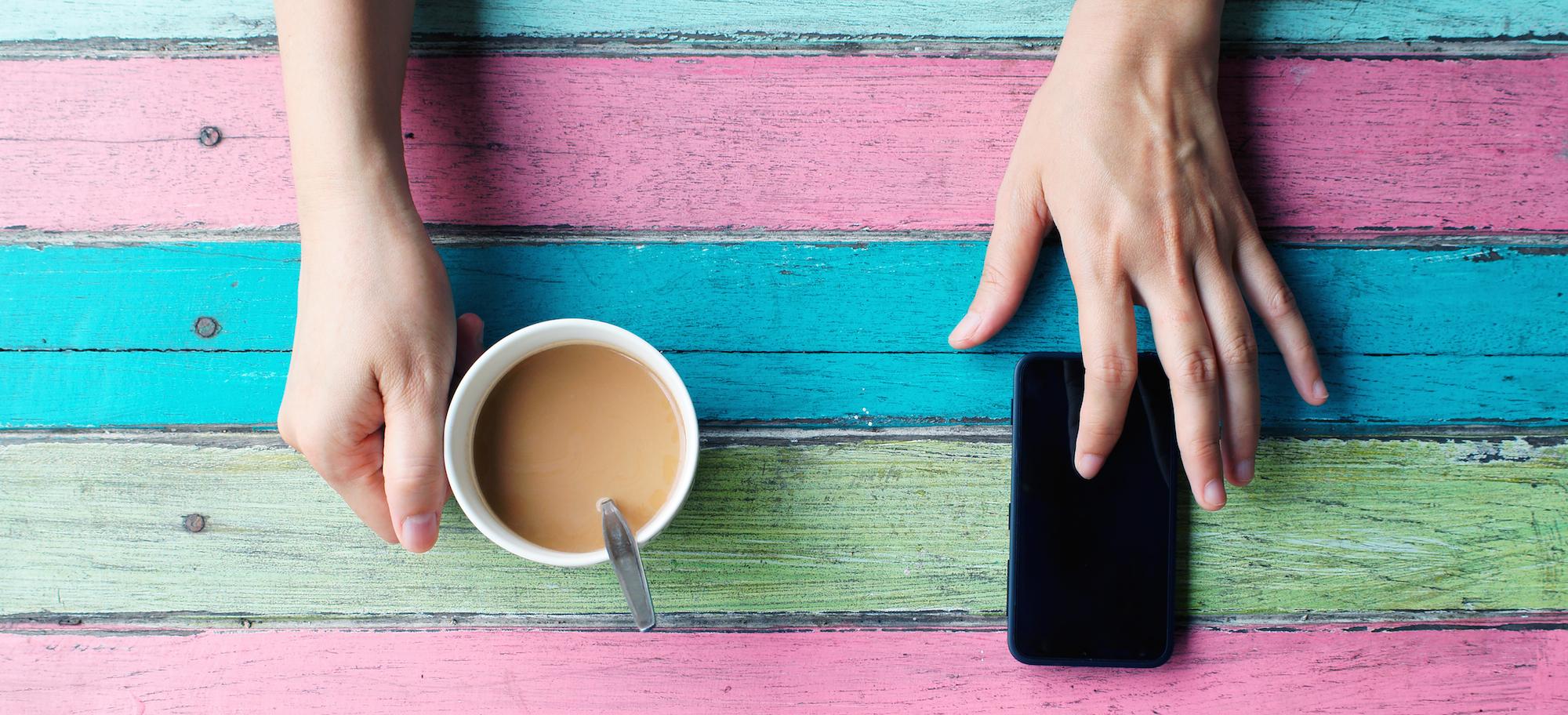 smartphone-coffee
